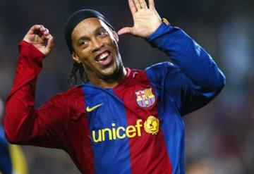 رونالدینیو بهترین بازیکن تاریخ فوتبال است