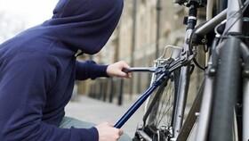 یک اتفاق عجیب/ سرقت دوچرخه بهانه رسیدن به عشق قدیمی