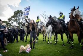تظاهرات علیه قرنطینه در ملبورن استرالیا