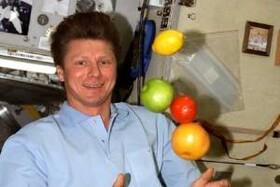 غذای فضانوردان چه شکلی است؟+تصاویر