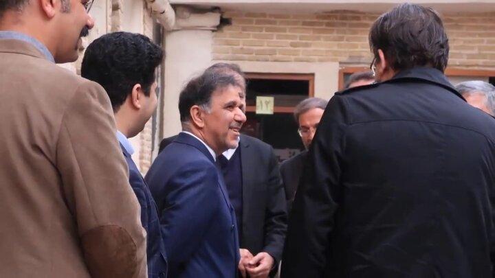 جامعه ایرانی را از بی پناهی نجات می دهم