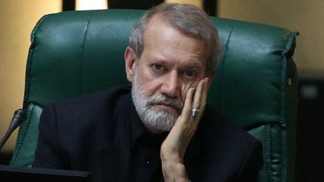 حق شهروندان درباره رد صلاحیت لاریجانی و پزشکیان
