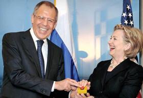 عجیب ترین هدایا در دنیای دیپلماسی! / سیاستمداران چه چیزهایی به یکدیگر تقدیم کرده اند