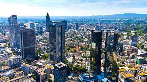 منطقه پولی یورو با رشد ۲ درصدی از رکود خارج شد