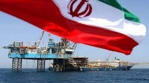 تاوان قطع درآمدهای نفتی/یک اقتصاددان: طرفداران اقتصاد آزاد به دنبال حذف یارانهها هستند