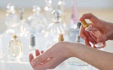 معرفی 5 عطر زنانه و مردانه با ماندگاری بالا